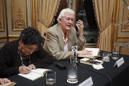 Felix Grande y Paca Aguirre en Casa América, licencia CC